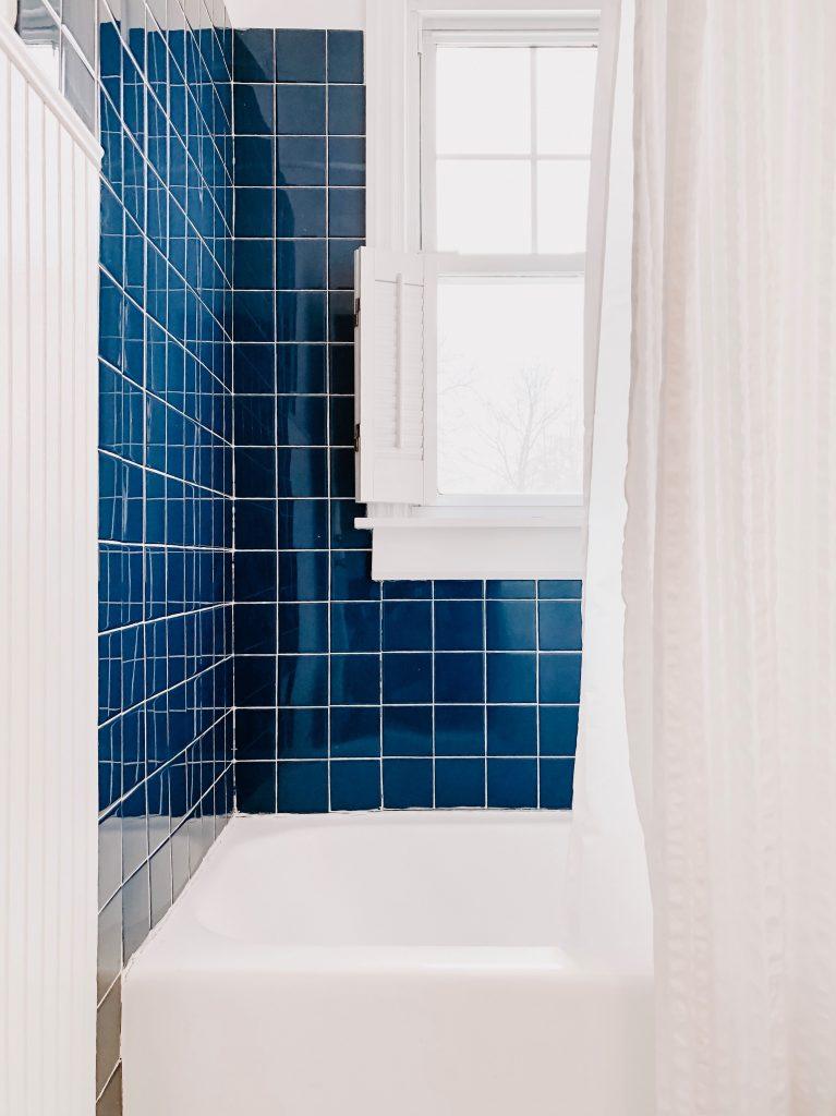Blue tile bathtub